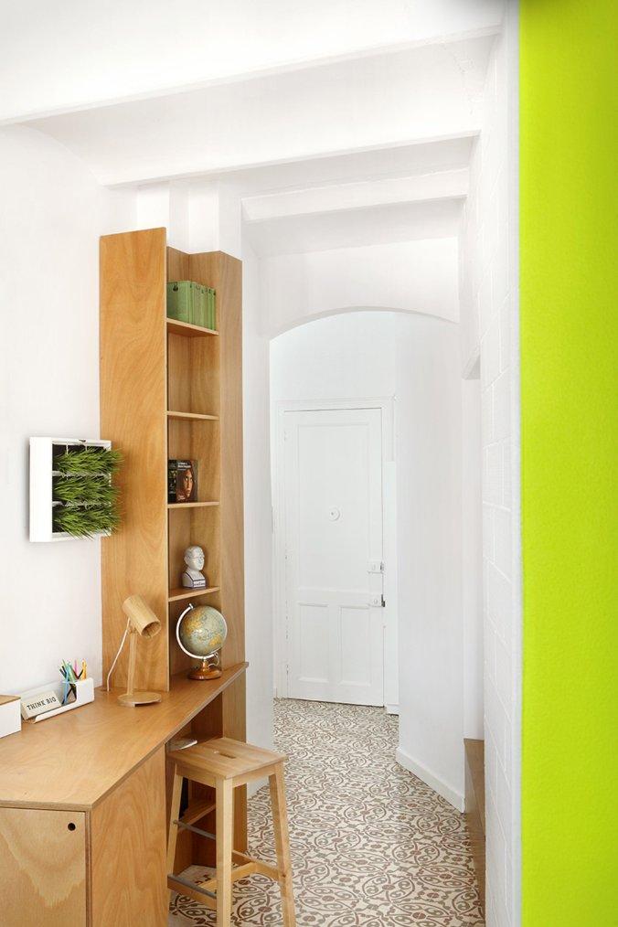 piso-pereiv44-miel-arquitectos-interiors-barcelona-apartment-residential_dezeen_2364_col_9